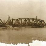Most kolejowy w Tomaszowie Maz.