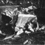 Na zdjęciu: Samolot kapitana Orlińskiego rozbity w kraksie pod Białaczowem. Archiwum Ryszarda Bonisławskiego