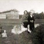 Na zdjęciu: Fabryczne zabudowania na Józefowie. Zdjęcie z lat 30. ubiegłego wieku. Archiwum Andrzeja Kobalczyka