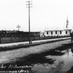 Na zdjęciu: Kościółek przy ul. Spalskiej tuż po zbudowaniu w 1928 roku. Zbiory Jerzego Pawlika