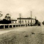 Na zdjęciu: Ulica Warszawska w Tomaszowie. Okres międzywojenny. Archiwum Andrzeja Kobalczyka