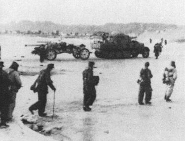 zdjęcie archiwalne forosowanie linii Pilicy w 1945 roku